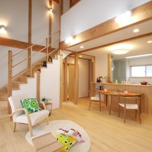 リビング階段のある家