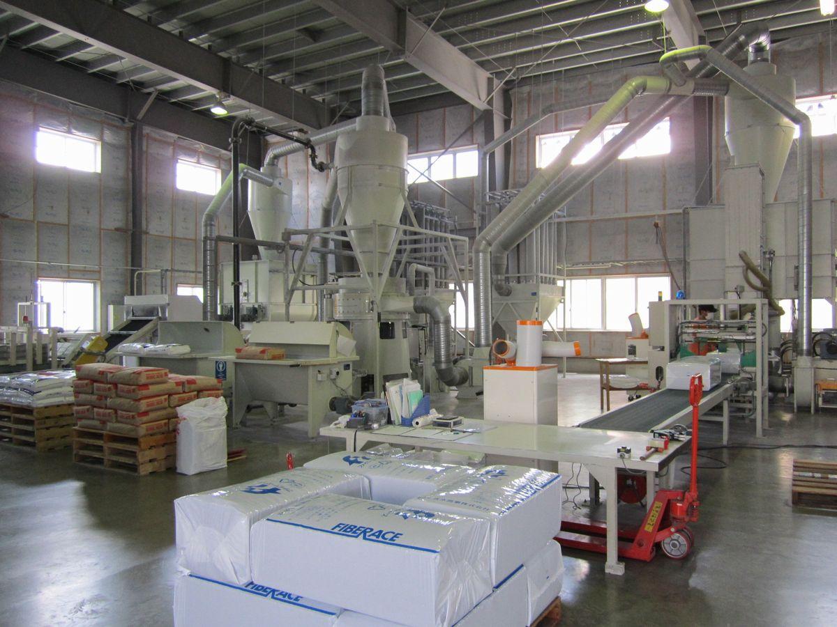セルロースファイバーの製造工場